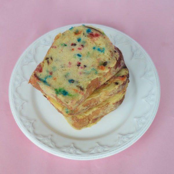Cake-Batter-French-Toast-Recipe