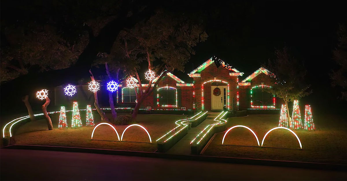 this musical christmas light show will have you in awe - Dubstep Christmas