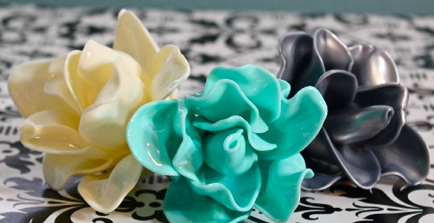 You Will Never Believe What These Adorable DIY Flowers Are Made Of!