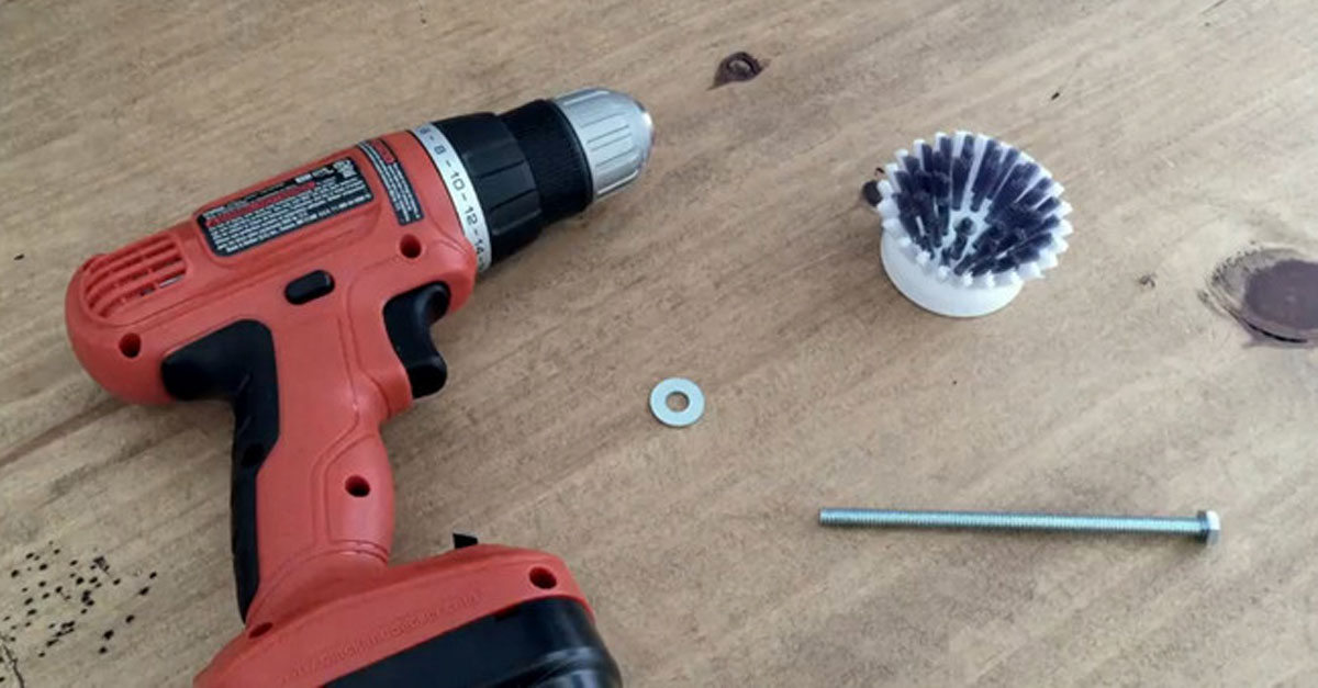 He Put A Screw In His Power Drill And Made A Cleaning Tool