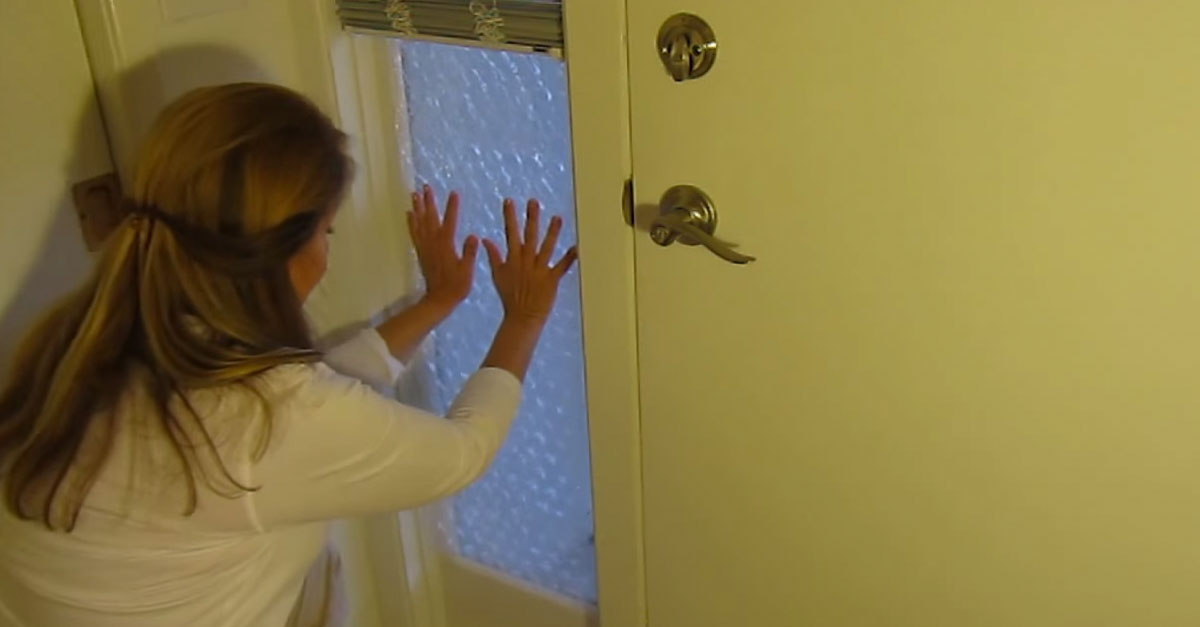 Insulate A Window With Bubble Wrap And Save Tons This Winter