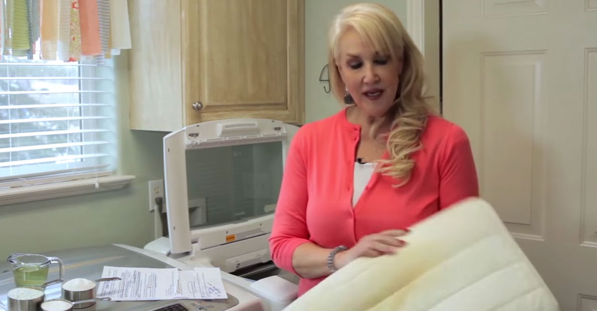 Here s how to wash and whiten yellowed pillows to look brand new again - Whiten yellowed pillows ...